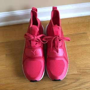 Puma Womens Sneakers 7c